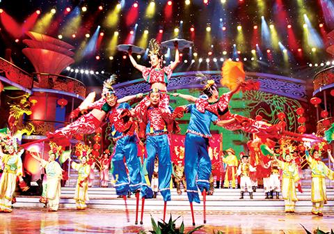 2010年辽宁电视台春晚高跷精演出